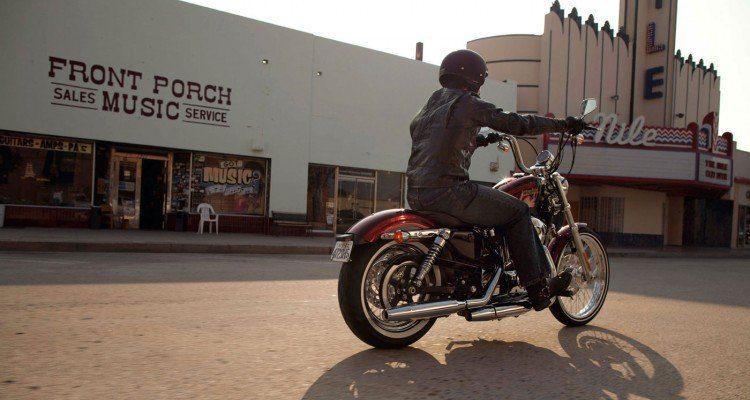 Harley-Davidson--Seventy-Two6