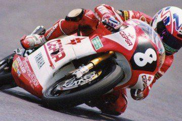 """Aspar"" pilotando la Yamaha de 125 cc"