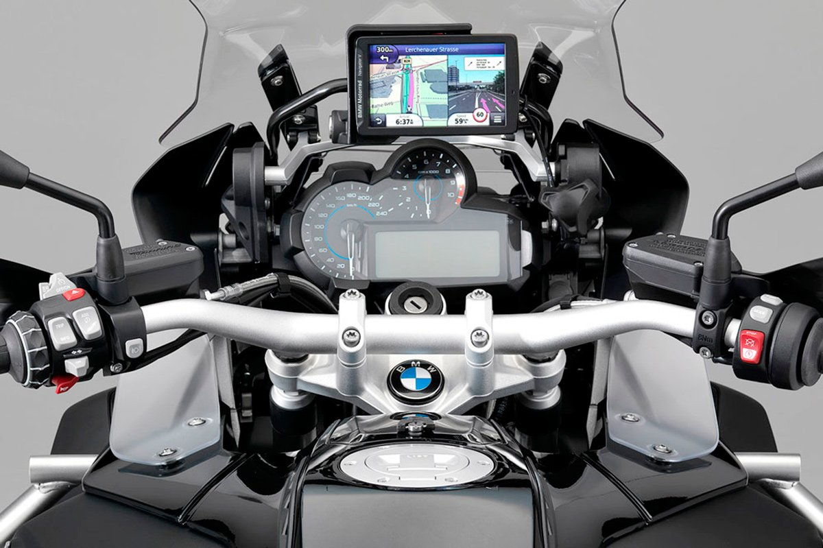 "BMW R 1200 GS Adventure ""Triple Black"""