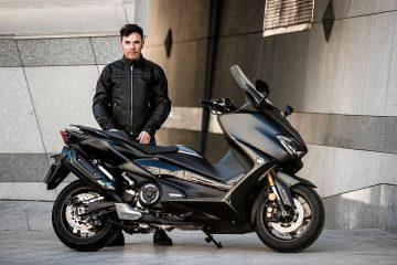 Purito Rodríguez y Yamaha TMAX
