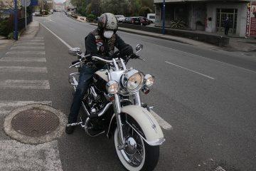 Solidaridad a lomos de una Harley-Davidson