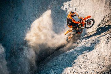 La gama KTM EXC 2021 marca un nuevo nivel de prestaciones en enduro