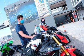 Más de 70 pilotos aficionados se reencuentran con el Circuit Ricardo Tormo