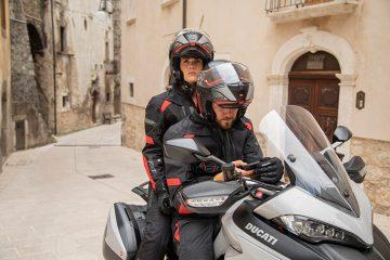 Imagen turística total Ducati para viajar con seguridad y comodidad