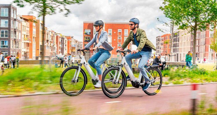 Yamaha incorpora unidad de transmisión y batería a la gama de sistemas para bicicletas eléctricas
